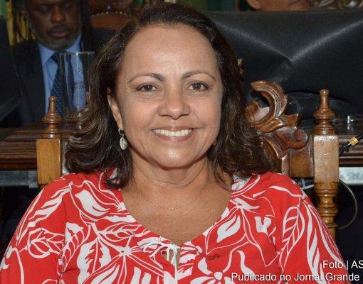 Aladilce Souza