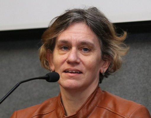 Helena Singer