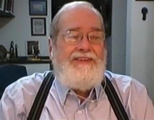Dr. Gonzalo Vecina