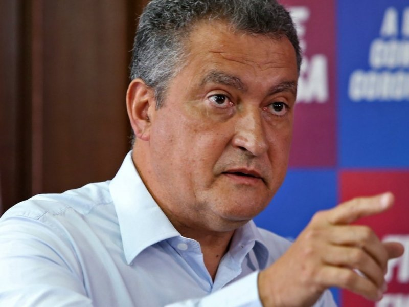 """Aqui tem governo"", reage Rui Costa sobre motocarreata bolsonarista na Bahia"