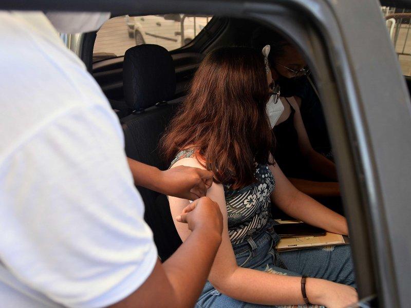 Vacinação em Salvador nesta sexta será para todas as pessoas com 12 anos ou mais