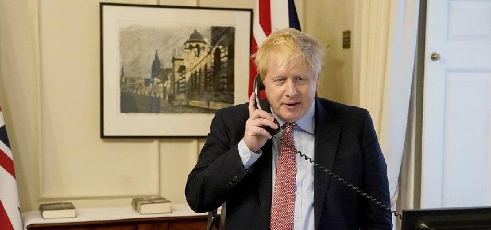 Covid-19: Inglaterra planeja encerrar bloqueio nacional em dezembro