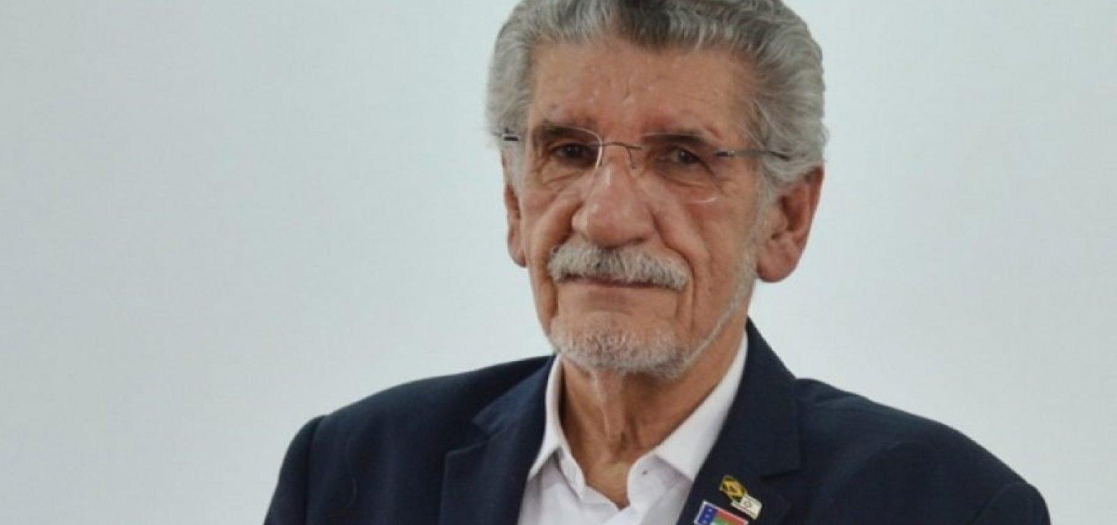 Internado com Covid-19, prefeito reeleito de Vitória da Conquista toma posse em cerimônia online