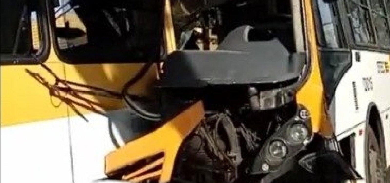 Acidente em Periperi deixa cinco vítimas