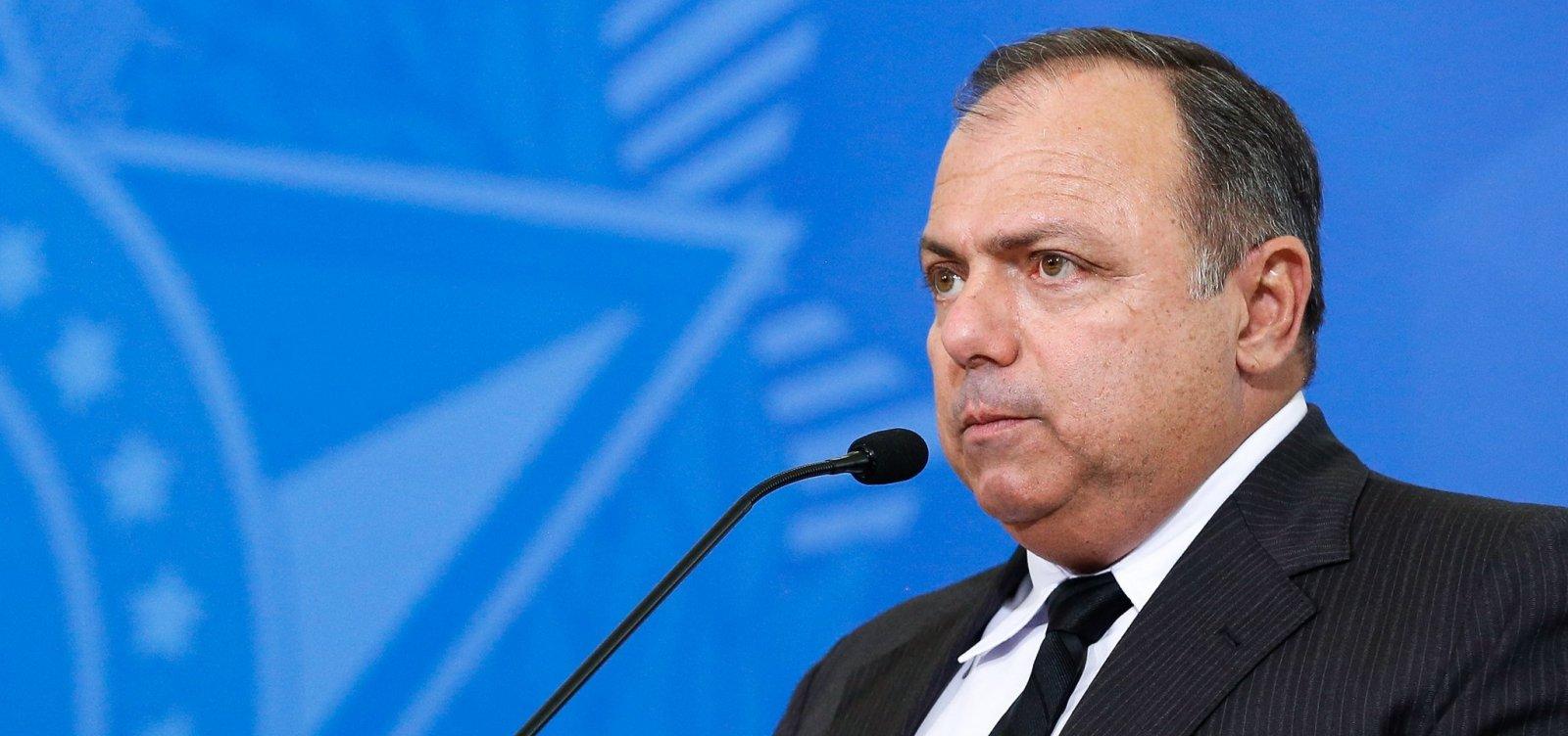 'Ninguém receberá a vacina contra Covid-19 antes de Manaus', diz Pazuello