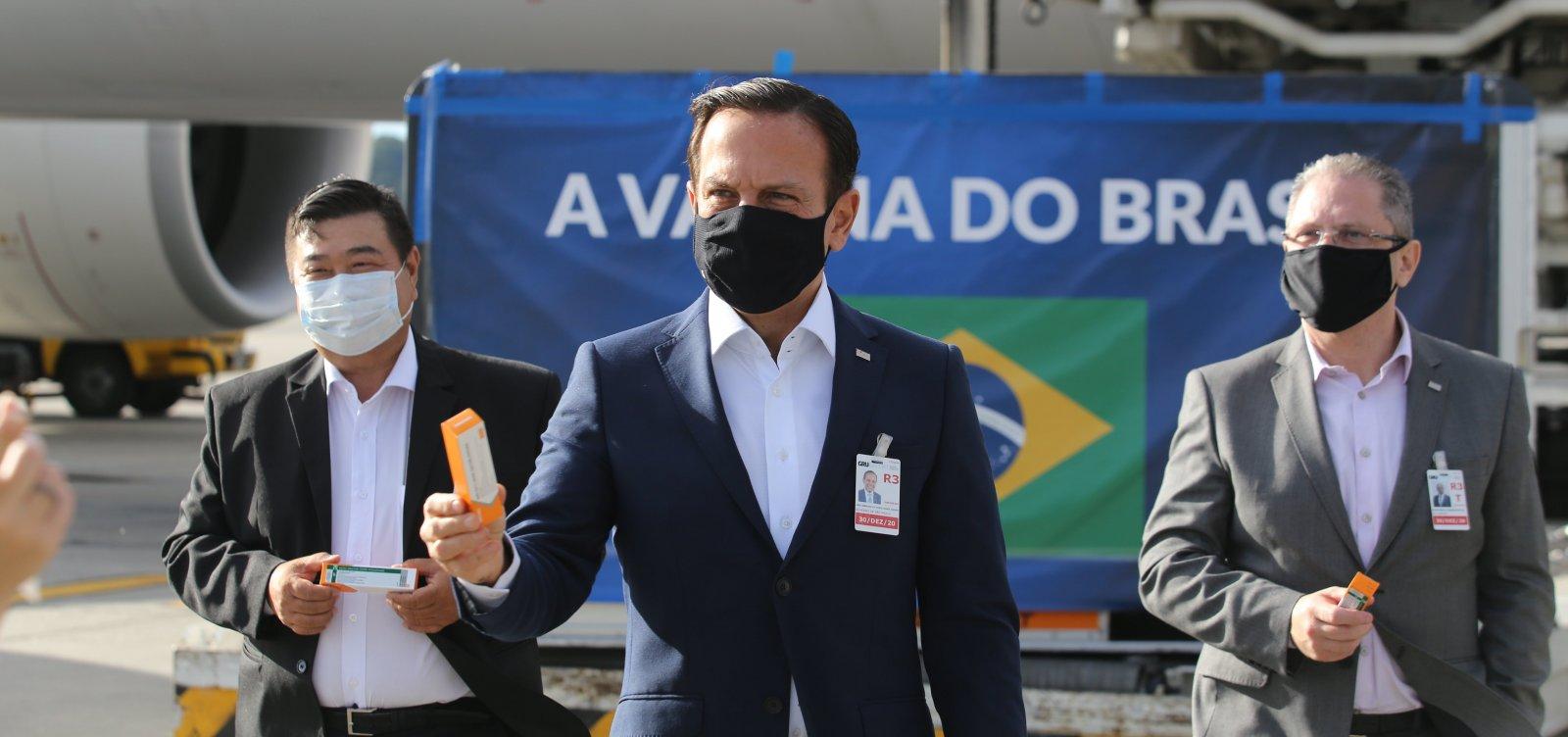Se Coronavac for aprovada pela Anvisa, Doria deve abrir vacinação em SP ainda neste domingo