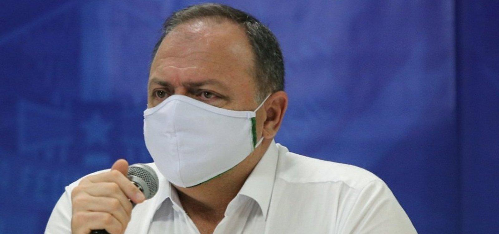 Autorização da Anvisa vale para vacinas importadas, não feitas no país, diz Pazuello