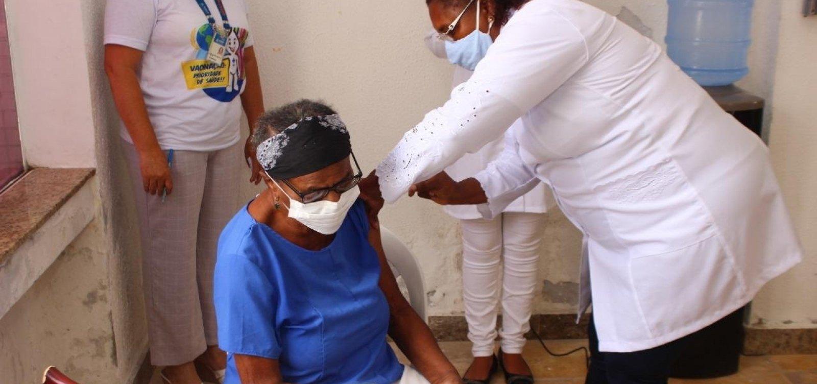 Prefeitura estima esgotamento de vacinas em Salvador na próxima terça-feira