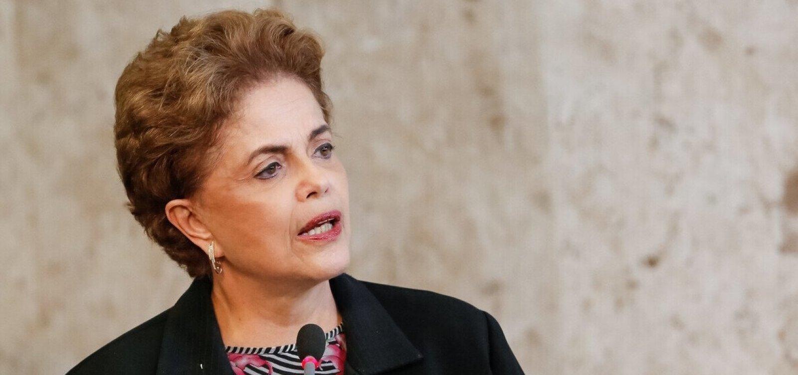 Para não furar fila, Dilma recusa convite de Doria para ser vacinada
