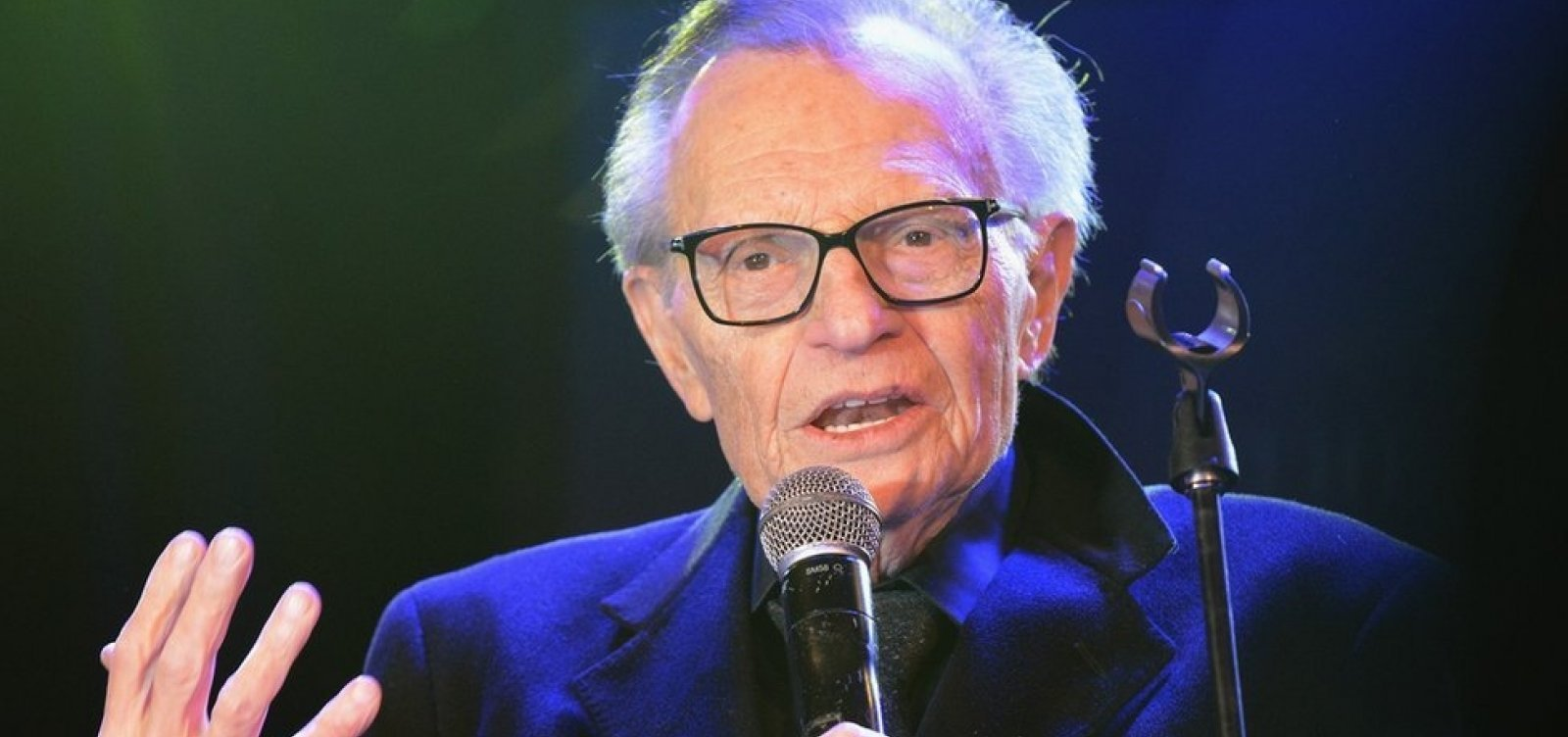 Covid-19: Apresentador Larry King morre aos 87 anos