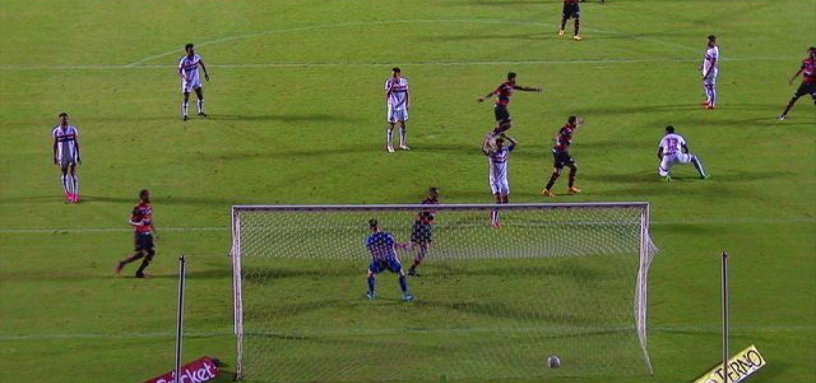 Vitória vence o Botafogo-SP por 1 a 0 e se garante na Série B