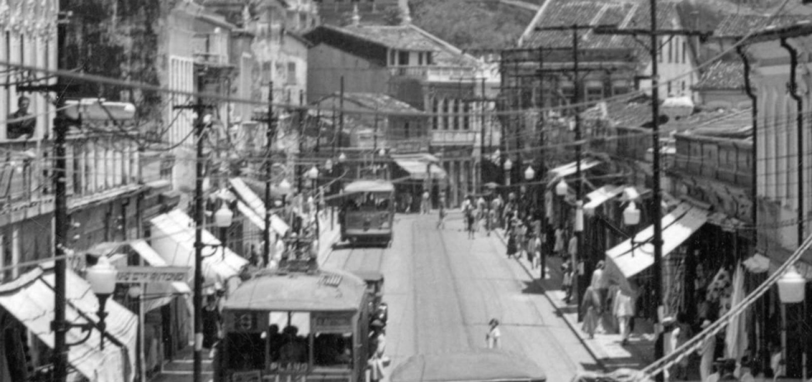 A Baixa dos Sapateiros vai morrer? Com décadas de história, avenida continua enfrentando dificuldades