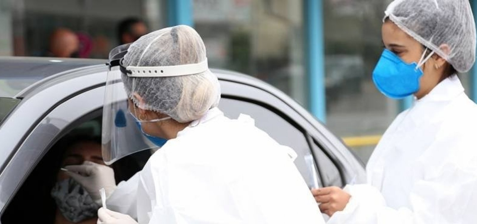 Brasil tem 221.849 mortes por Covid-19, diz consórcio de imprensa