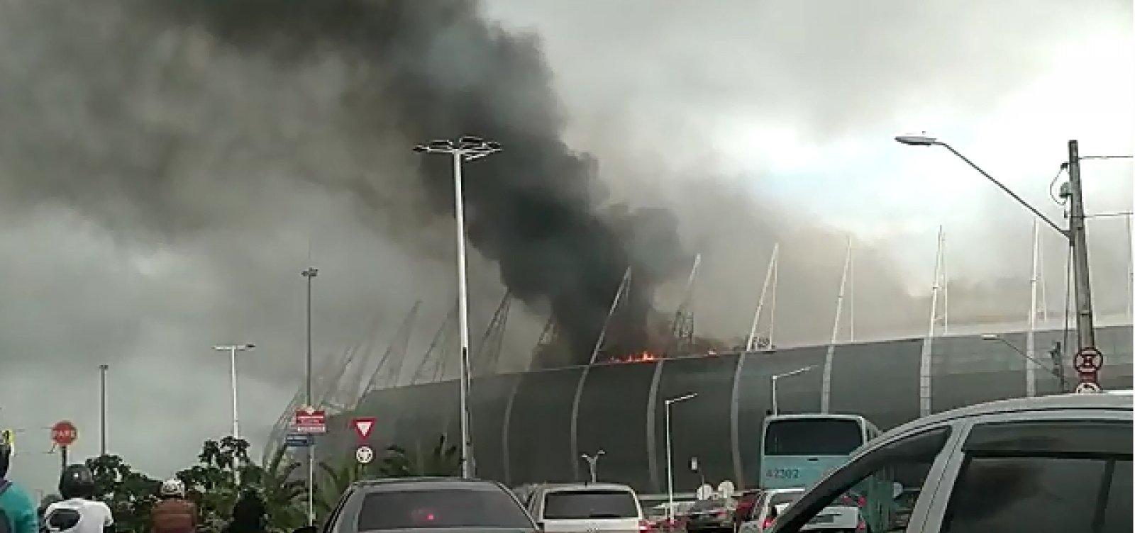Incêndio atinge área da Arena Castelão, em Fortaleza