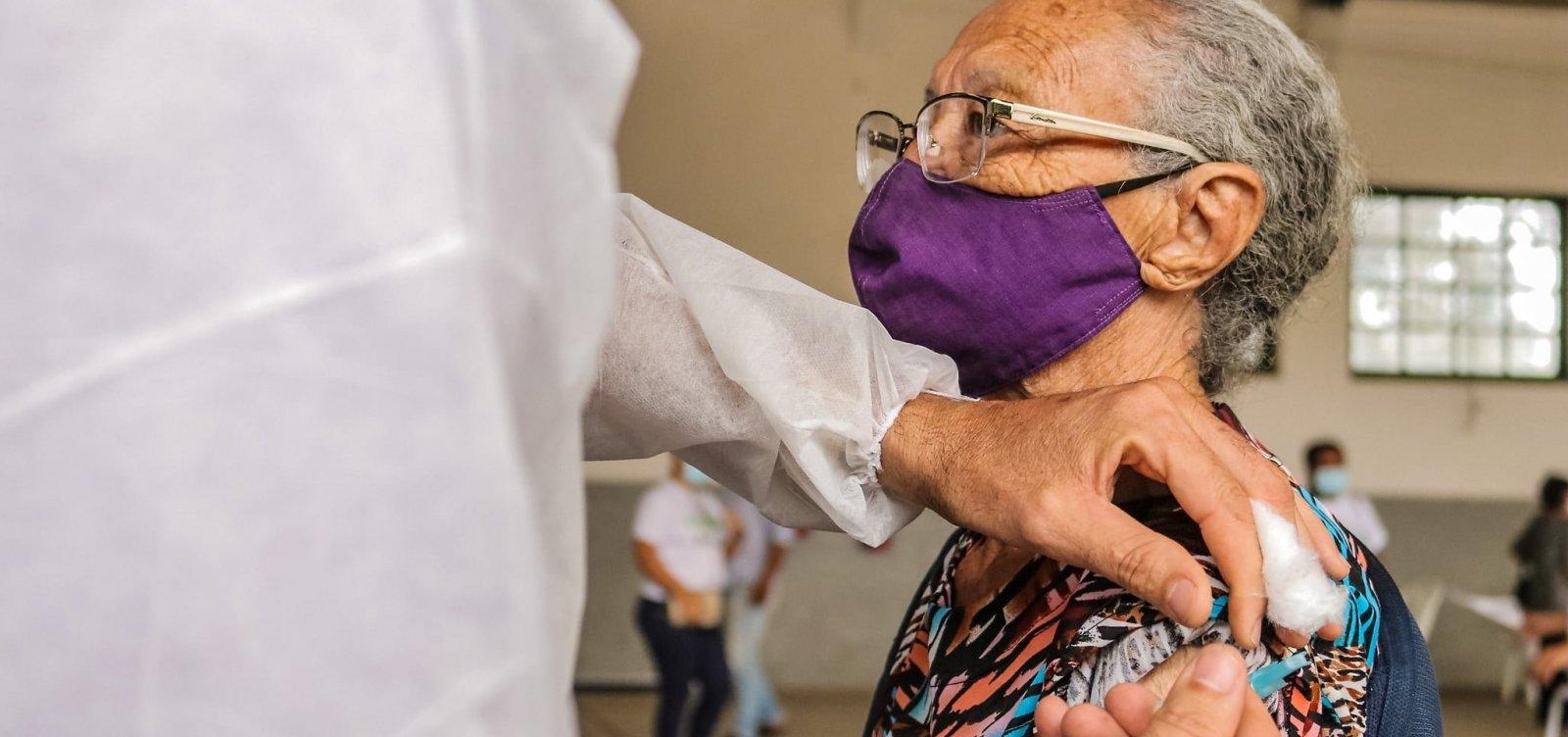 Bahia vacina mais de 182 mil pessoas contra Covid-19; Salvador tem 46 mil vacinados