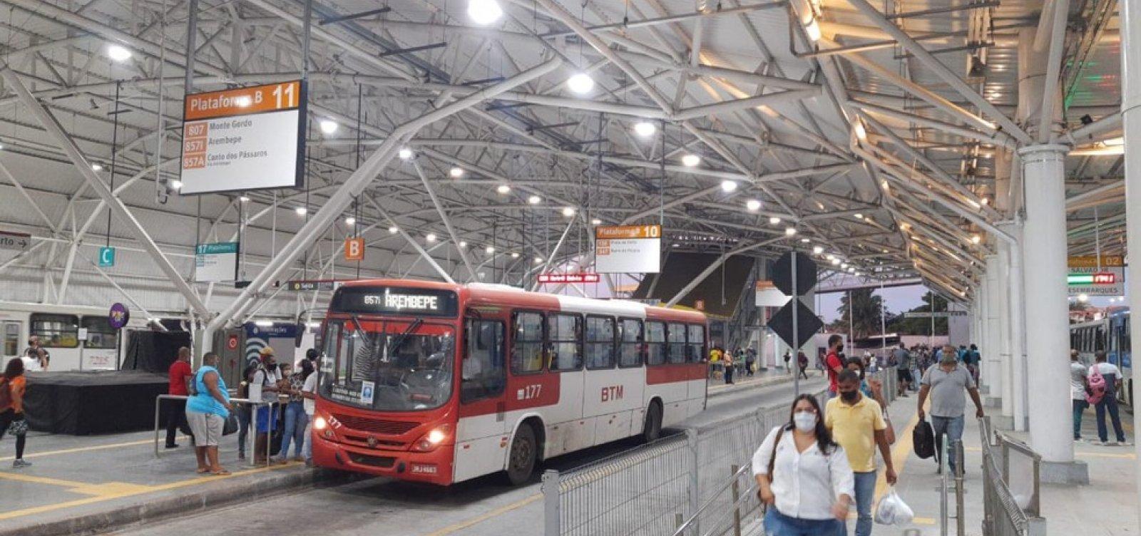 Rodoviários protestam contra falta de higiene no Terminal do Aeroporto