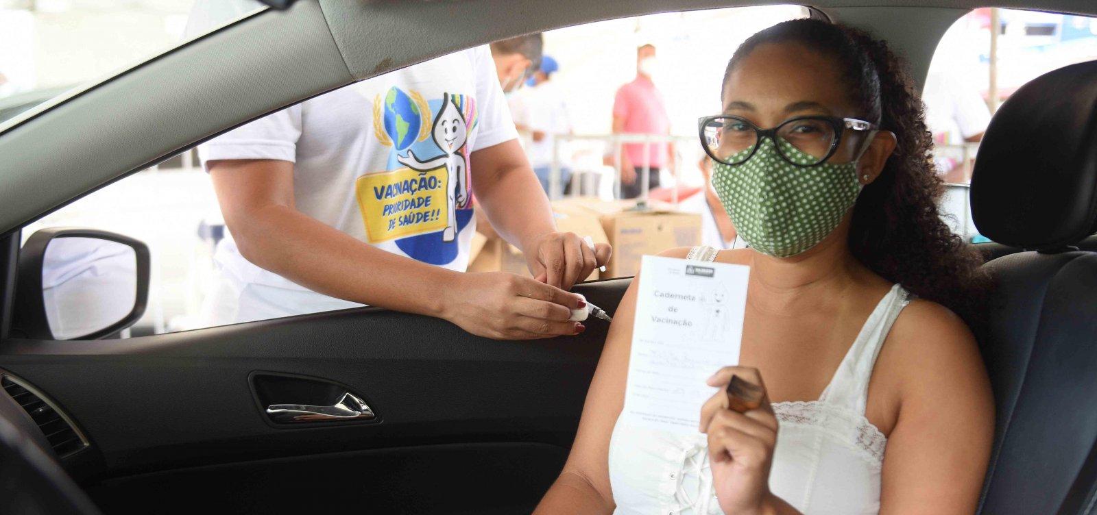 Bahia vacina mais de 217 mil pessoas contra Covid-19