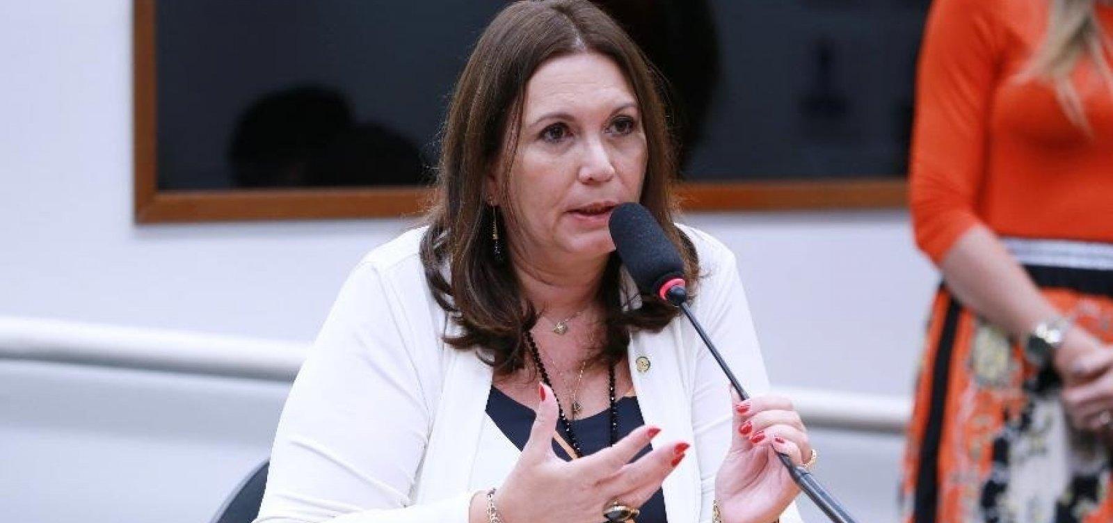 Alvo do inquérito das Fake News, Bia Kicis é a nova presidente da CCJ