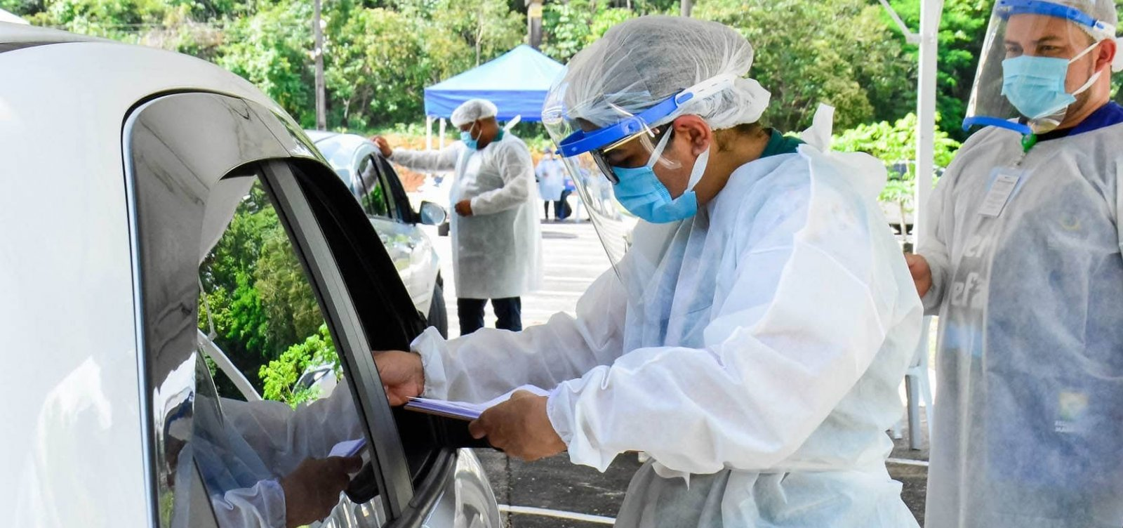 Covid-19: quase 2,5 milhões foram vacinados em 26 estados e DF, aponta consórcio de veículos