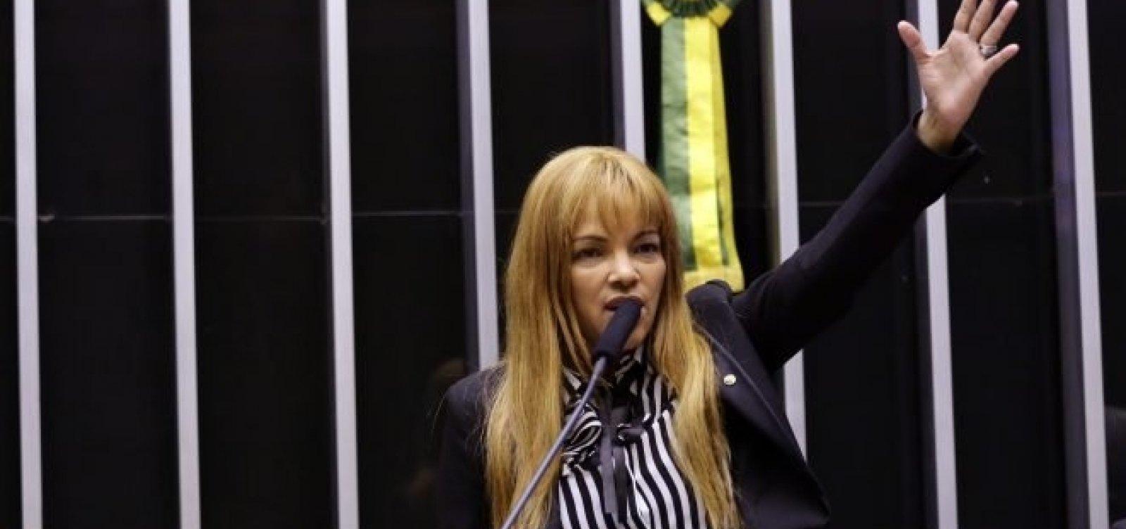 Flordelis nega que vá assumir cargo na Secretaria da Mulher na Câmara