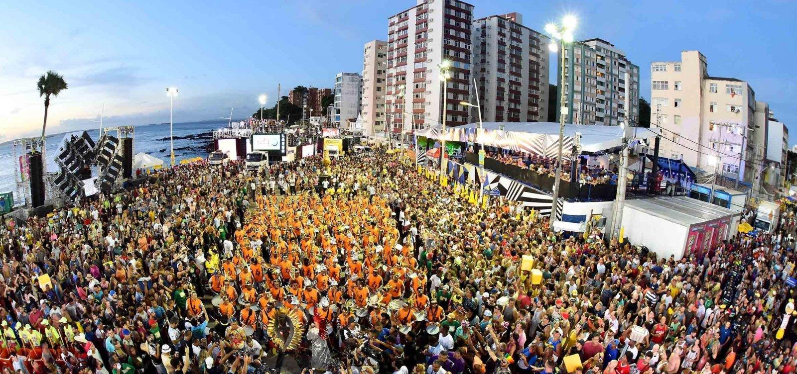Com festa cancelada e lives, foliões aguardam 'Carnaval diferente'