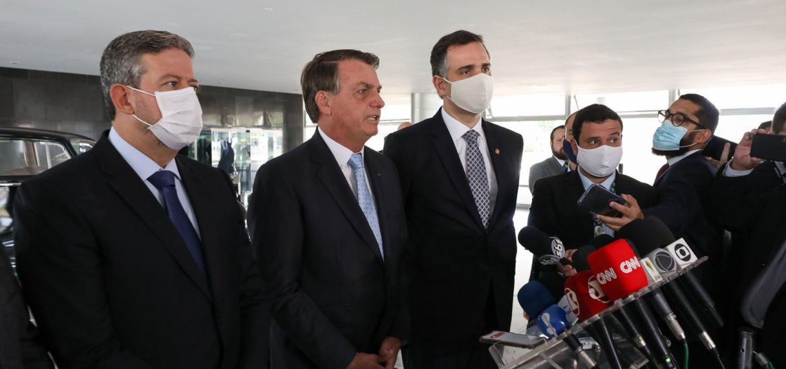Bolsonaro inclui em lista enviada ao Congresso prioridade para projetos sobre armas