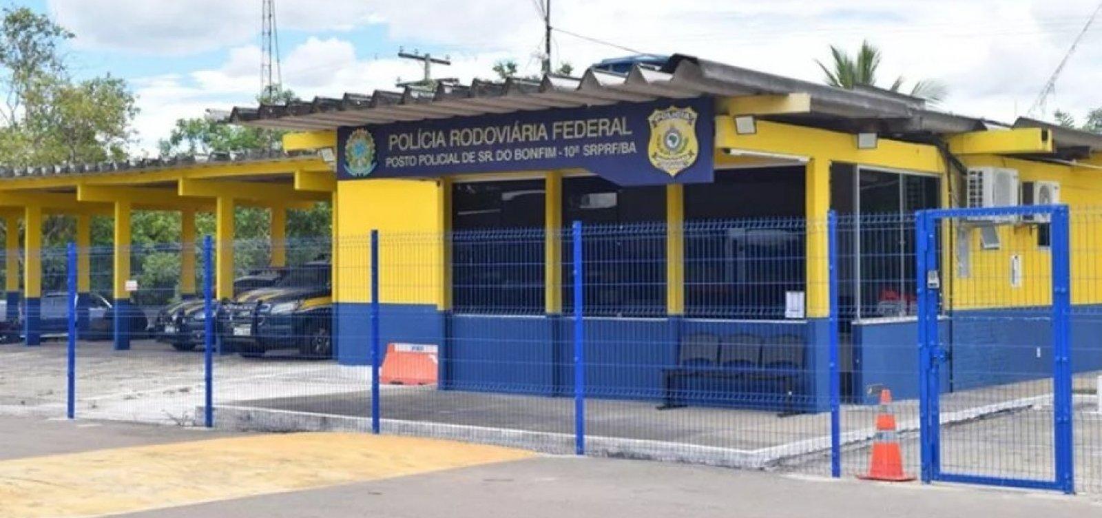 Suspeitos de aplicar golpe do 'cartão' em aposentados no Piauí são presos em rodovia baiana