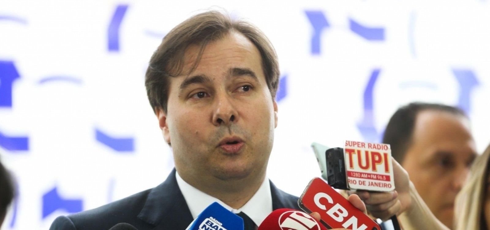 Rodrigo Maia negocia ida para o PSL e quer levar junto cerca de 40 políticos