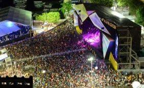 Réveillon 2016: primeira noite de festa atrai 150 mil pessoas ao Comércio