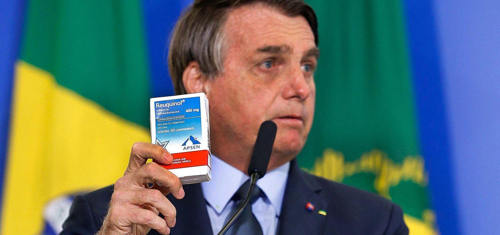 Bolsonaro admite possibilidade da ineficácia da cloroquina no combate à Covid-19