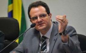 Ministro avalia proposta para planos de saúde pagarem por pacientes do SUS