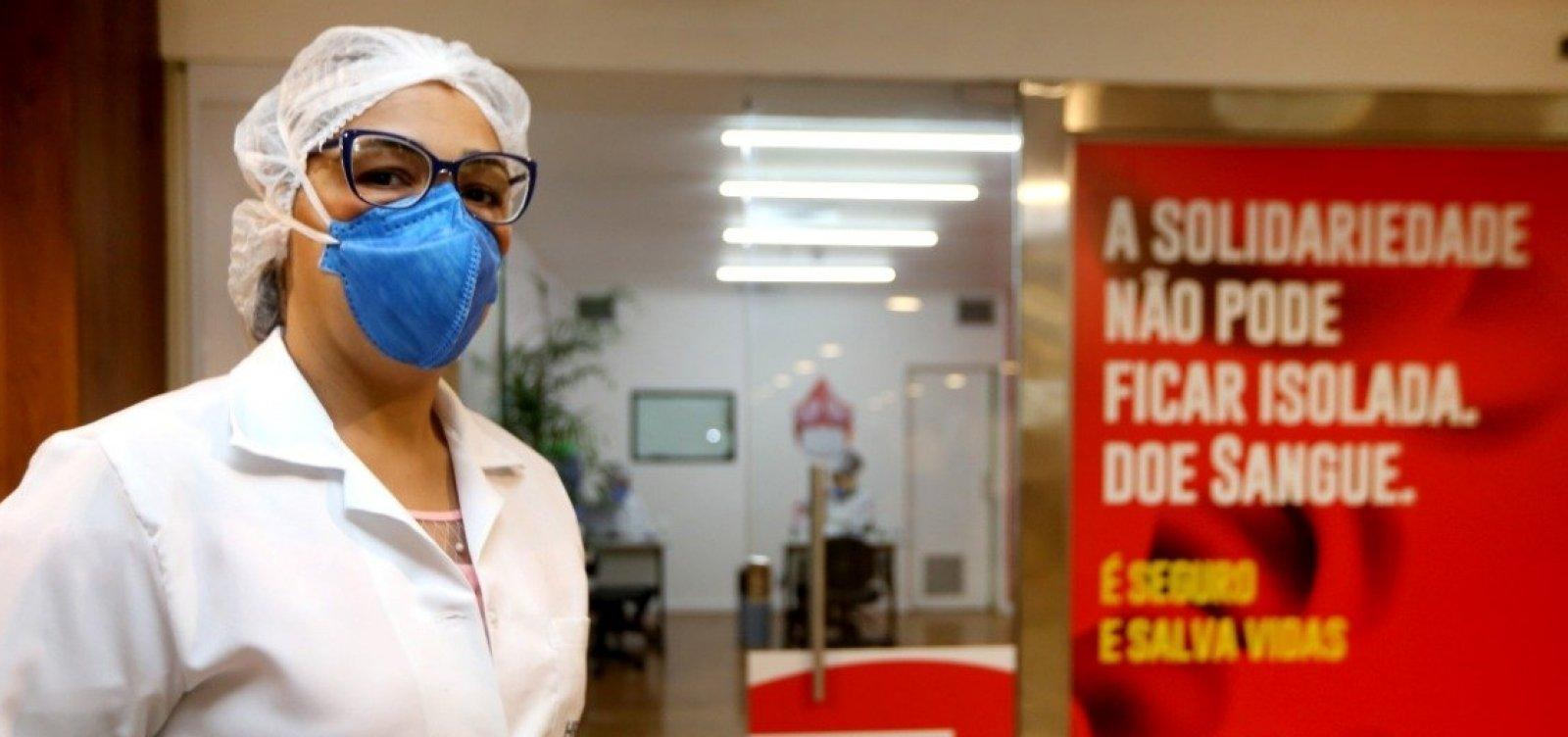 Vacina contra Covid-19 gera inaptidão para doação de sangue por até 7 dias