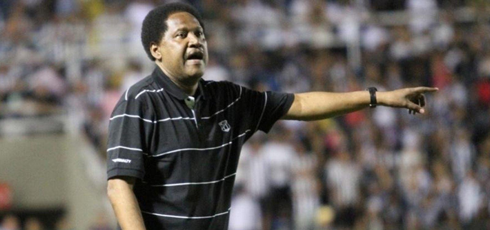 Ex-técnico do Bahia, Lula Pereira morre aos 64 anos