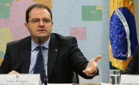 """""""Mais formulador e aberto ao diálogo do que Levy"""", diz Wagner sobre Barbosa"""