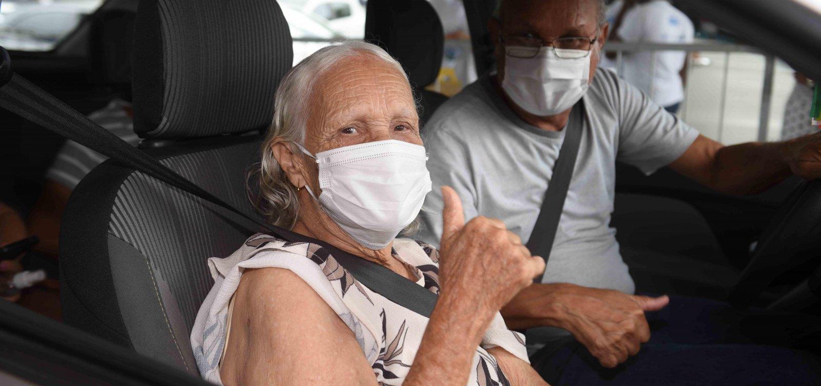 Bahia tem mais de 290 mil pessoas vacinadas contra Covid-19