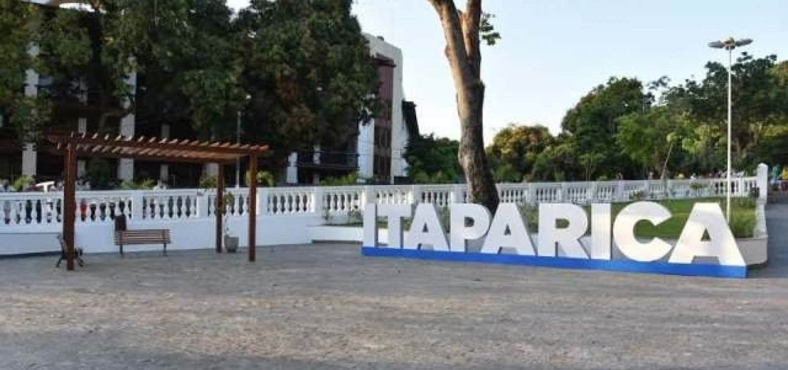 Posto de saúde de Itaparica pode perder vacinas contra Covid após disjuntor ser desligado
