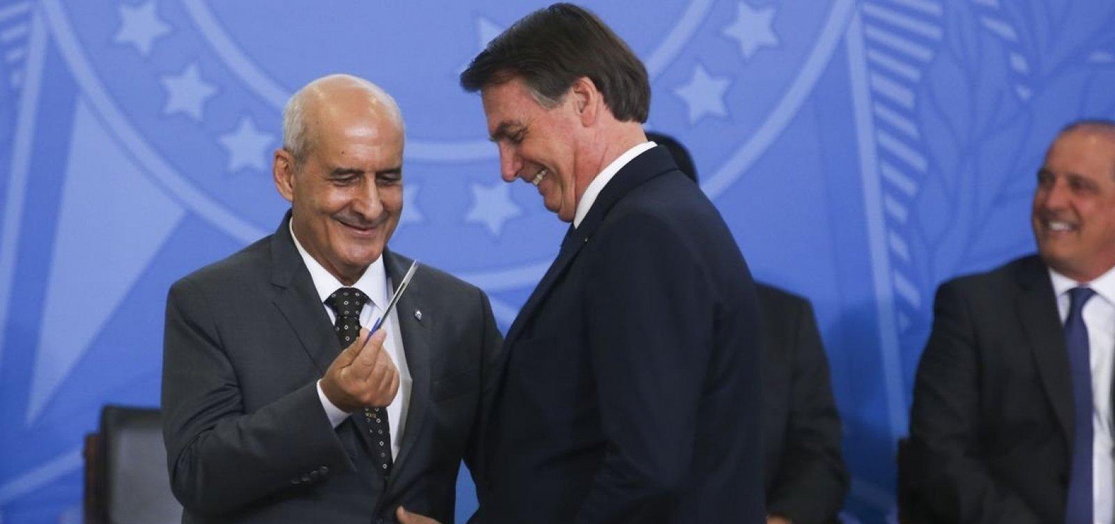 Ministro Ramos diz que 'não se envergonha' de articular com Centrão