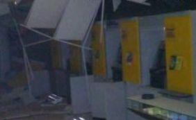 Bandidos explodem caixas eletrônicos em Ibititá
