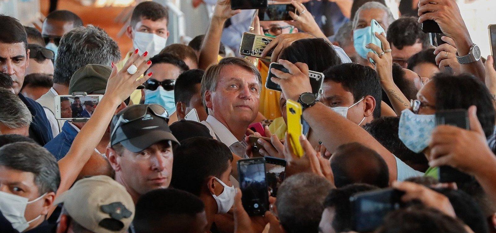 'Não adianta ficar em casa chorando', opina Bolsonaro sobre medidas de isolamento