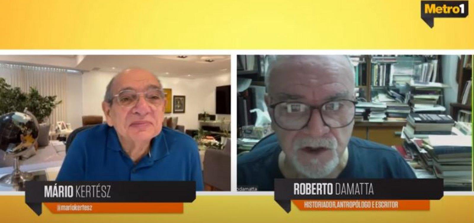 Roberto DaMatta avalia impacto do coronavírus e critica Bolsonaro por sabotar vacinação