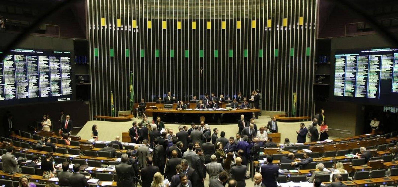 Nova cúpula do Congresso tem mais da metade dos parlamentares investigados