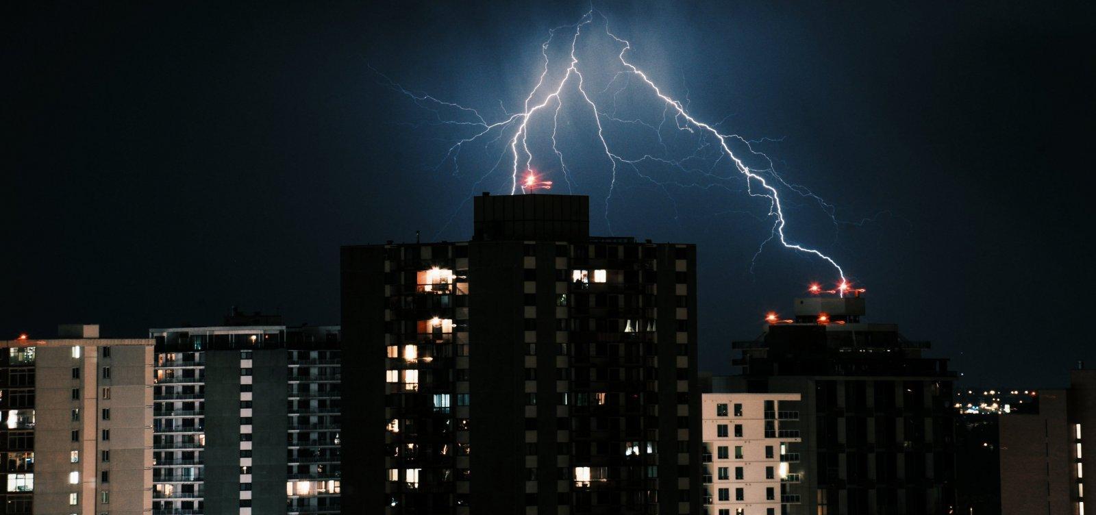 Codesal prevê chuvas e trovoadas com possibilidade de alagamentos em Salvador nesta quarta-feira