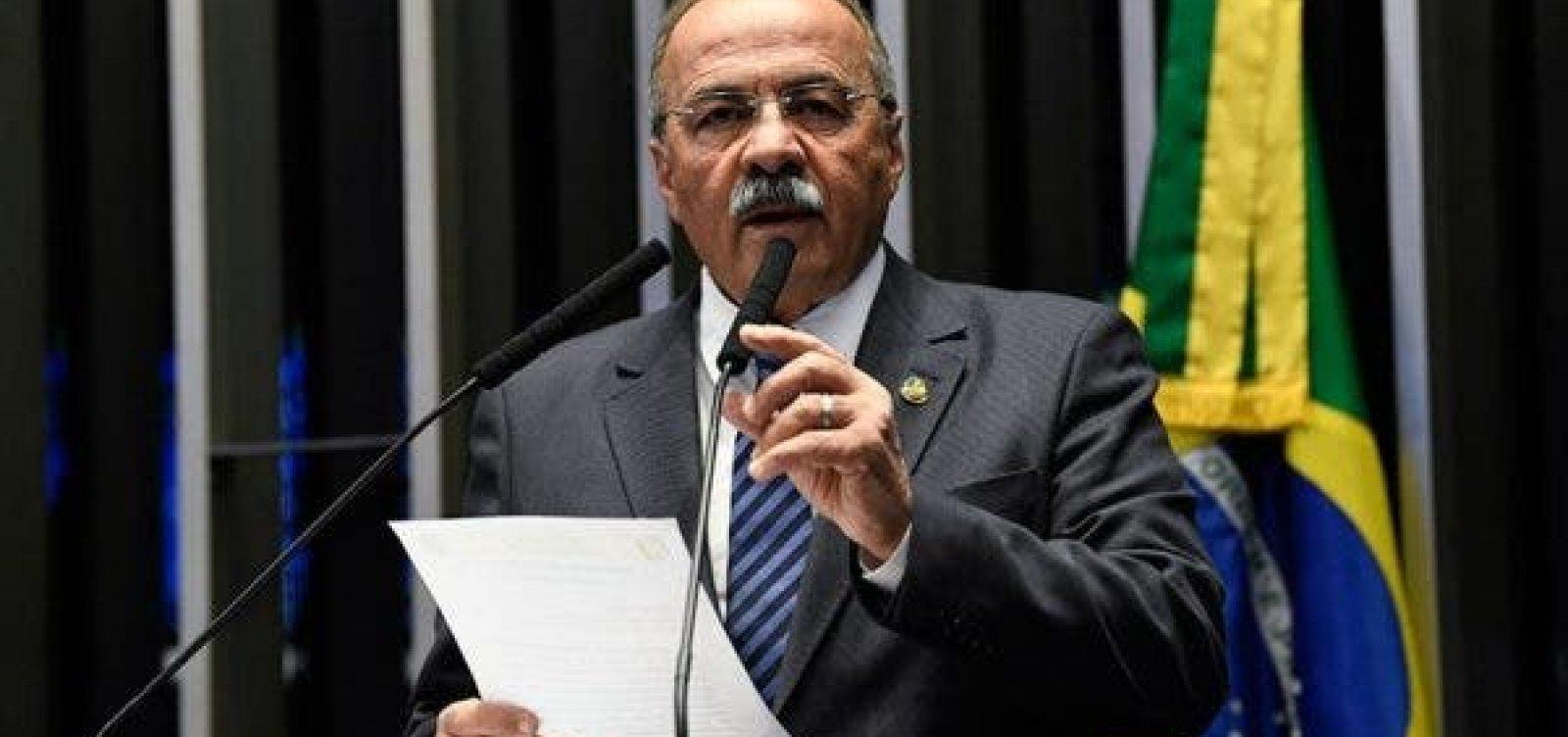 Parlamentar flagrado com R$ 33 mil na cueca retorna ao Senado nesta quinta-feira