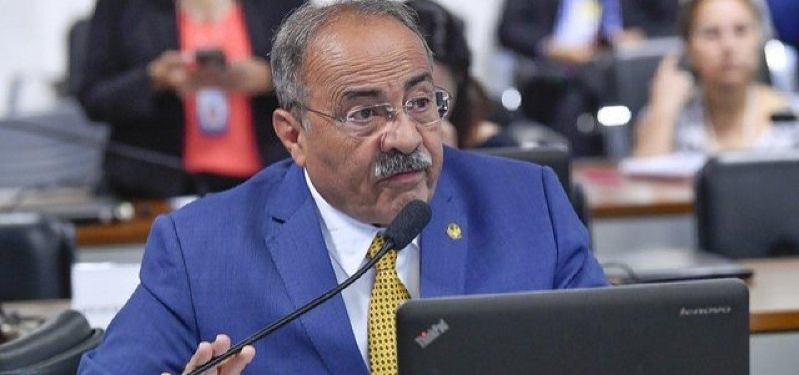 Parlamentar flagrado com R$ 33 mil na cueca retorna ao Senado