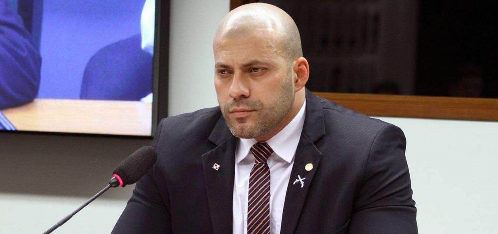 Em discurso na Câmara, Silveira diz que se excedeu ao atacar Supremo e pede desculpas