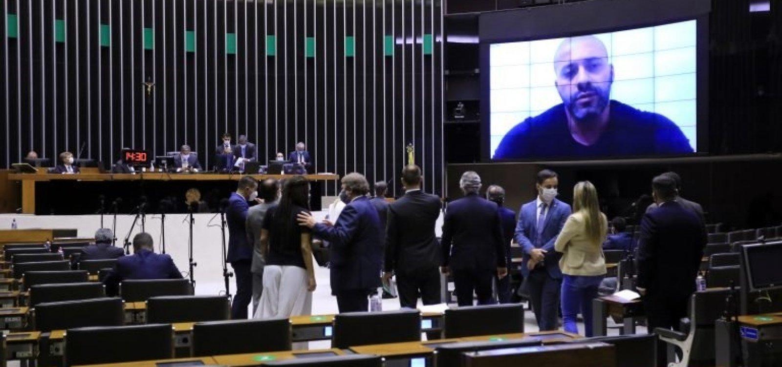 Câmara confirma decisão do STF e mantém prisão de deputado bolsonarista