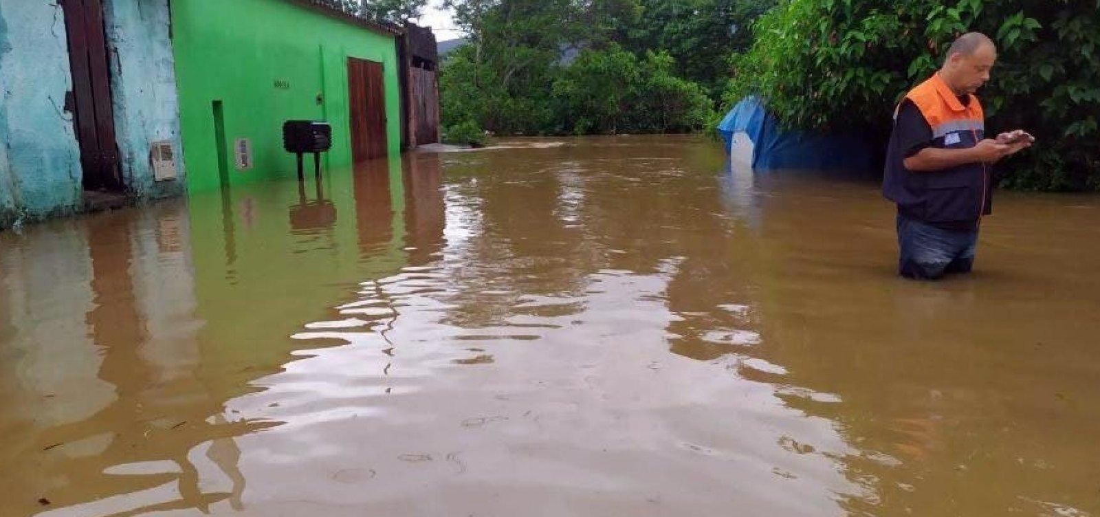 Em meio a crises sanitárias e grandes enchentes, Acre chega ao sexto dia de situação de emergência