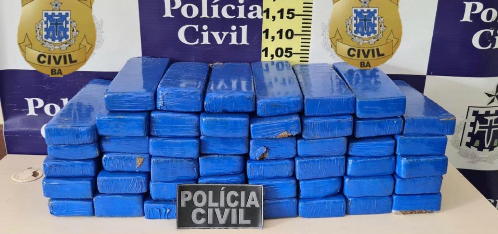 Feira de Santana: homem é preso em flagrante com 46 tabletes de maconha em ônibus