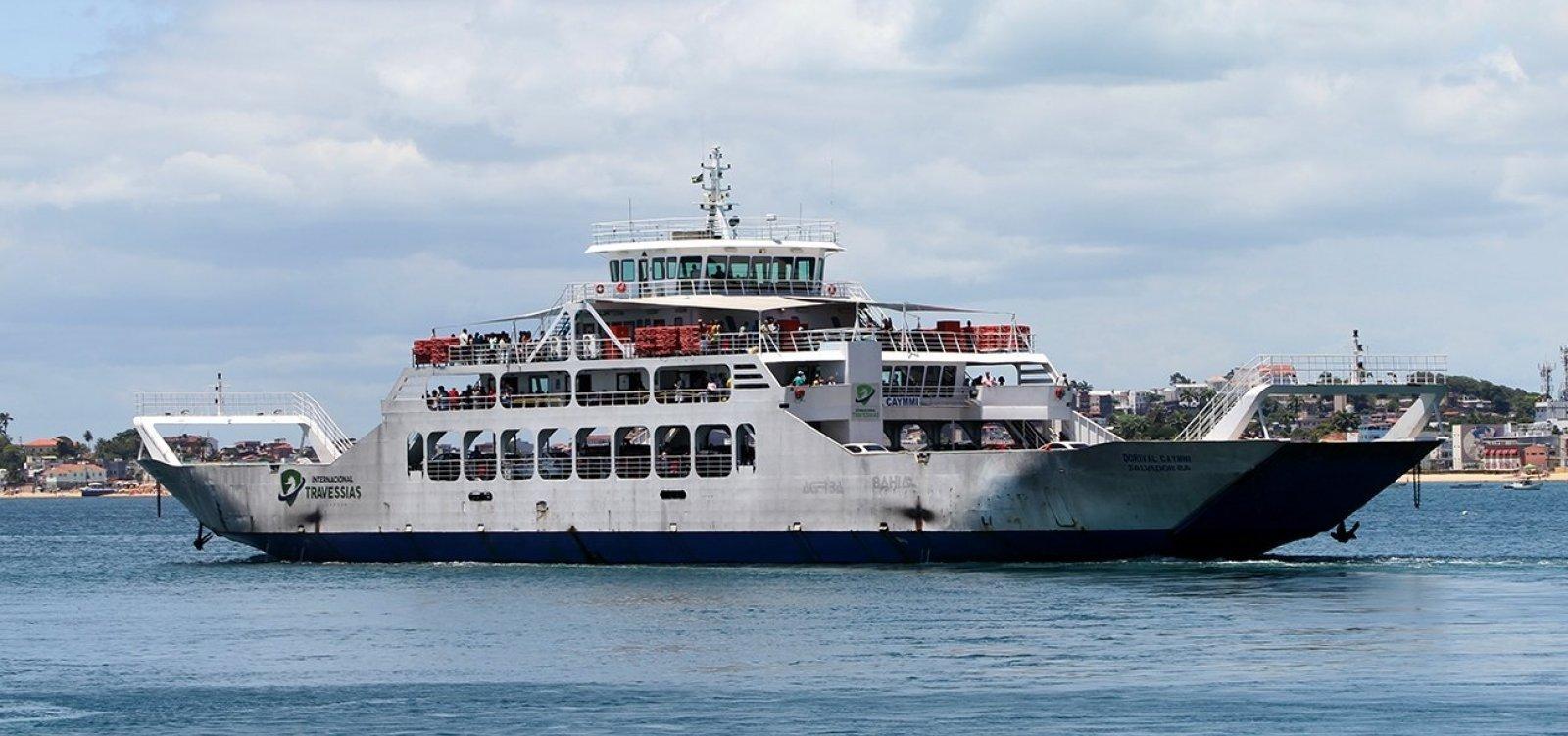 Motoristas enfrentam longas filas do ferry-boat para embarcar no Terminal Bom Despacho