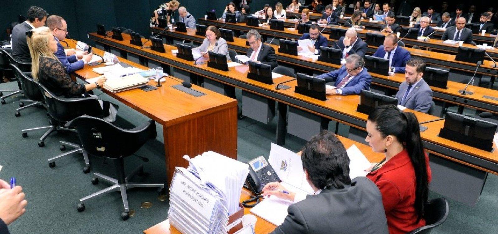 Conselho de Ética da Câmara instaura nesta terça-feira processos de Daniel Silveira e Flordelis